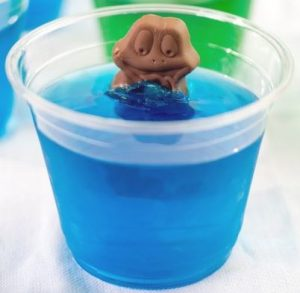 Freddo keeps his head above water