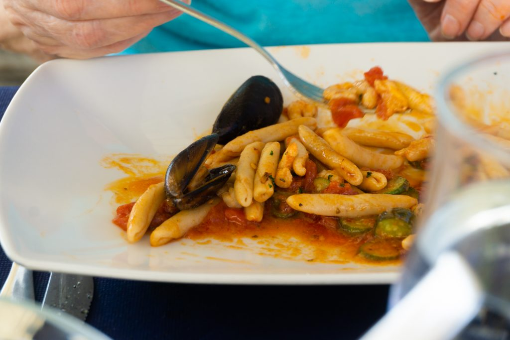 Lunch, Gallipoli, Puglia - Cavatelli with zucchini, mussels and shrimp